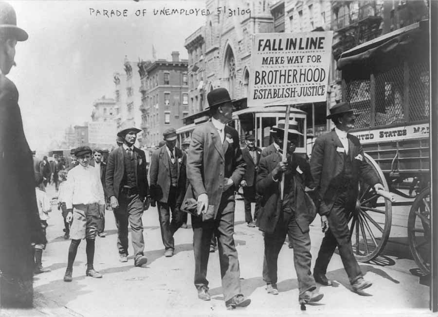 Parade of unemployed, May 31, 1909.<br> George Grantham Bain Collection. Library of Congress, Prints & Photographs Division, LC-USZ62-22194.